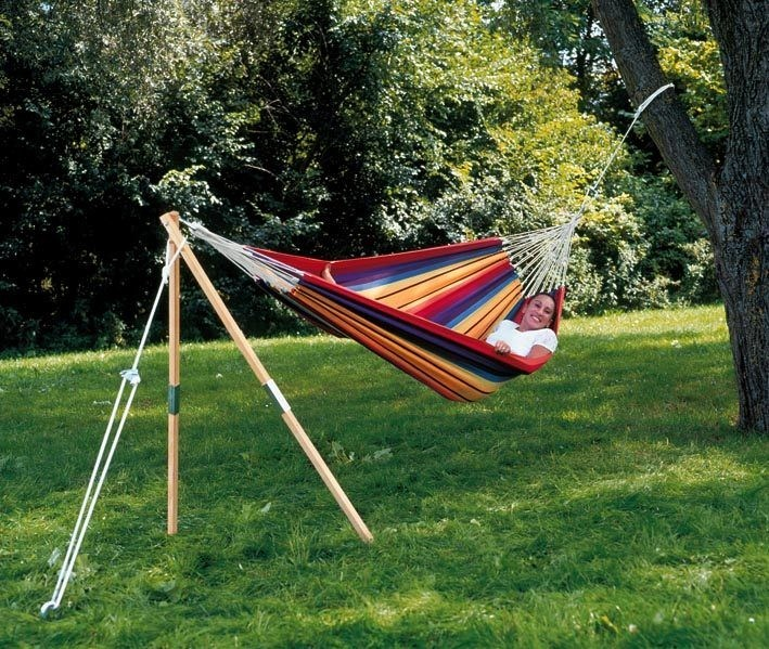 How to hang a hammock with rope (3)