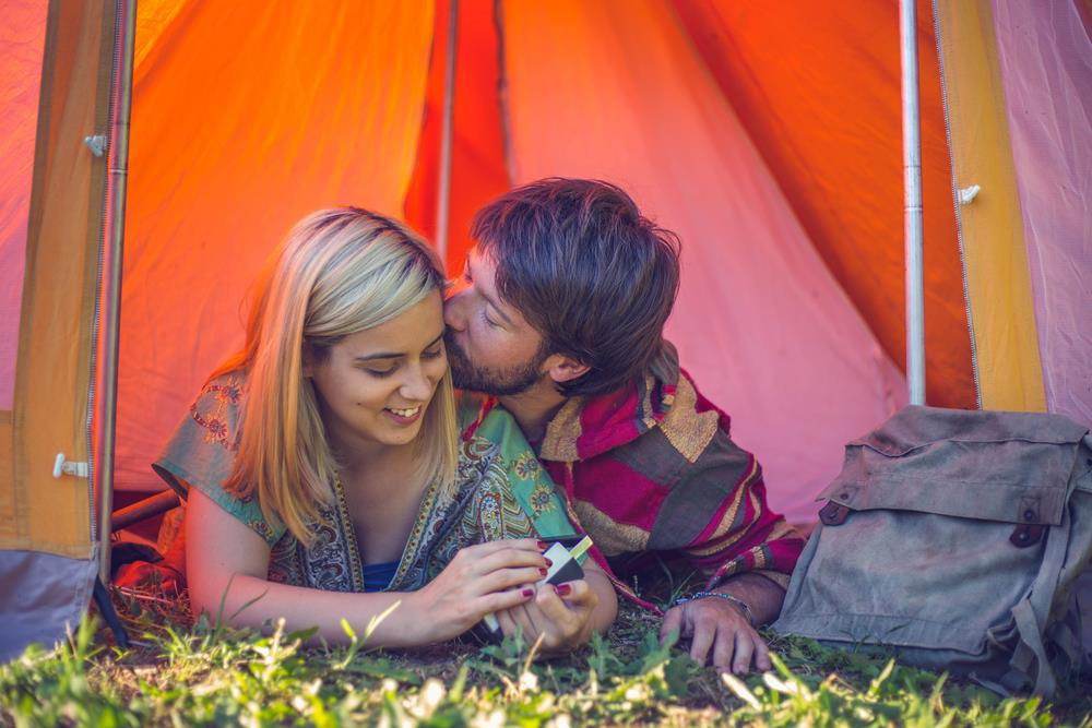 Need Know About Camping Couple9