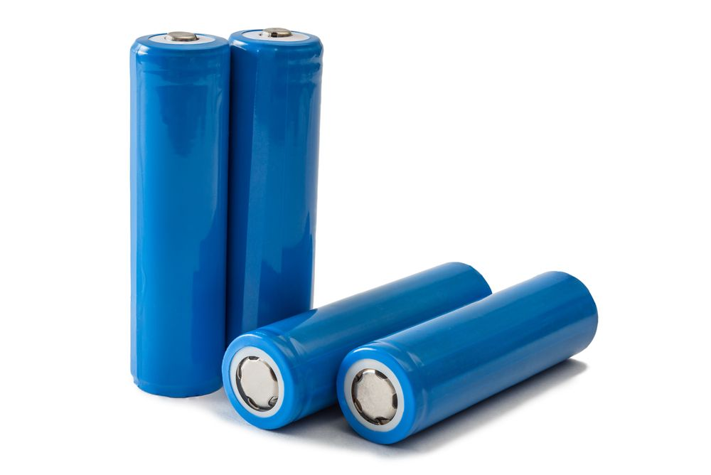 18650 Battery Vs. AA: Are There Any Difference?